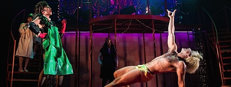 """Slick, Stylish, and Refreshing – A Sexually Awakened """"Rocky Horror"""" on Park Square's Main Stage"""